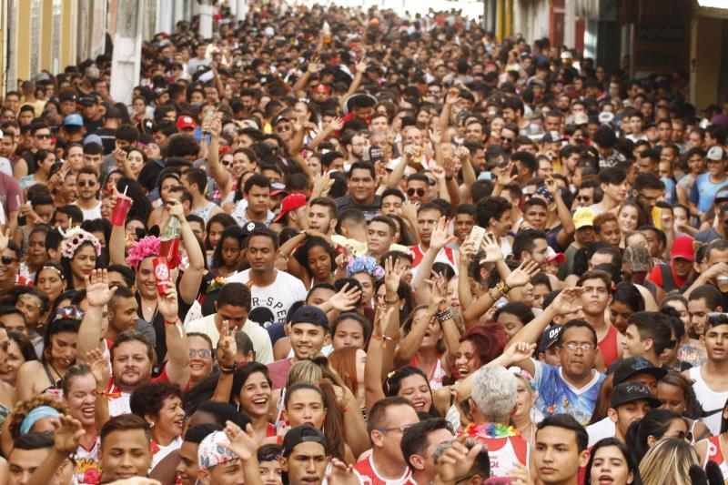 O pré-Carnaval é um evento pensado e elaborado com base nas normas de respeito ao patrimônio histórico das ruas centenárias do centro da cidade.