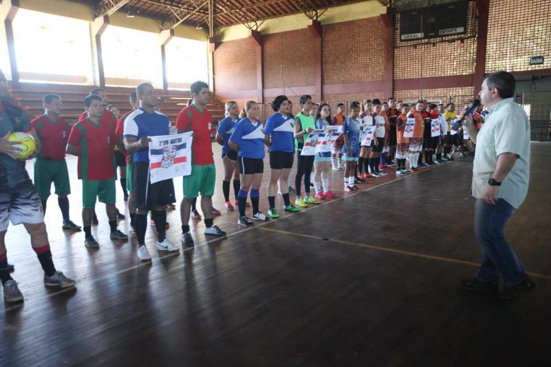 A Copa de Futsal tem a participação de 32 equipes masculinas, quatro femininas, duas sub-16 e duas sub-13