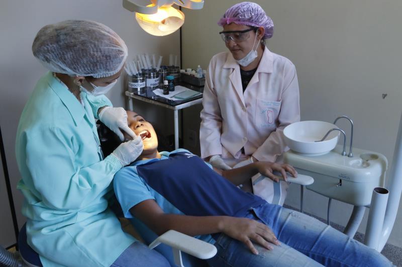 Atendimentos odontológicos foram ampliados em quase oito anos de gestão