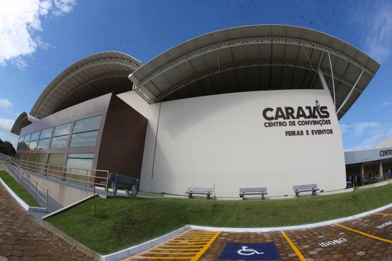 """Espetáculo Teatral """"Qual vai ser?"""", na sexta-feira (09), às 20 h, no Carajás Centro de Convenções, em Marabá. Entrada franca."""