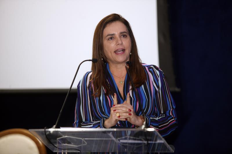 A desembargadora do Tribunal Regional Federal da Primeira Região, Mônica Sifuentes, também participou da programação