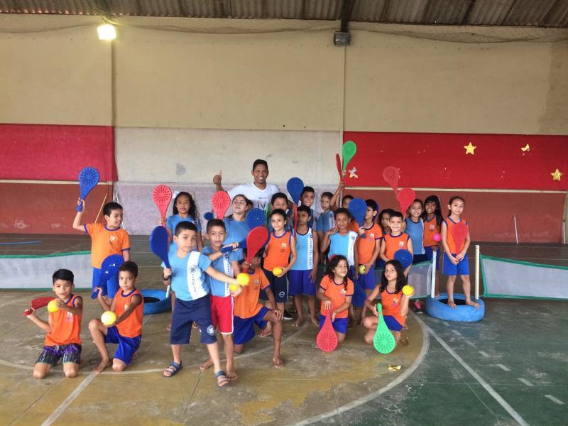 Projeto Inclusivo conquista admiração dos alunos e de seus familiares.   Foto: Natasha Albarado.