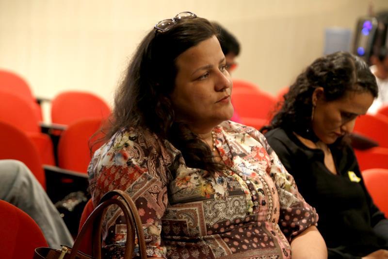 Para Manuela Porto, assessora da Semec, o atendimento educacional prestado é direcionado aos índios que estão em Belém por conta própria, fora dos abrigos que foram disponibilizados.