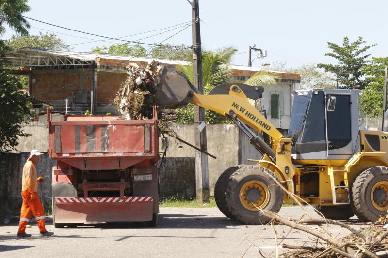 2018.06.12 - PA - Belém - Brasil: Sesan realiza mutirão de limpeza e educação ambiental no conjunto Tapajós.