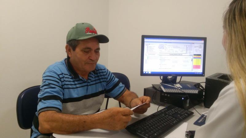 Desde o ano passado, seu Benedito Souza, de 72 anos, é atendido no Hospital Jean Bitar (HJB) pela equipe de endocrinologistas