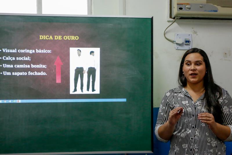 Fabianne Cabral - Curso de Currículo