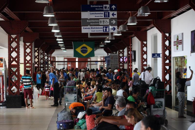 """O Terminal Hidroviário do Porto de Belém """"Luiz Rebelo Neto"""" registrou um movimento recorde no final de semana que marcou o início das férias escolares. Exatamente 6.615 pessoas passaram pelo terminal, entre embarque e desembarque.  FOTO: SIDNEY OLIVEIRA / AG. PARÁ DATA: 03.07.2018 BELÉM - PARÁ"""