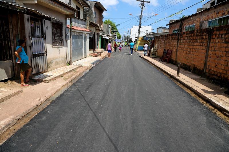 Prefeito Visita Obras na Terra Firme e Sacramenta   Na foto; Pavimentação na Passagem Maranhão , Malvina Sacramenta