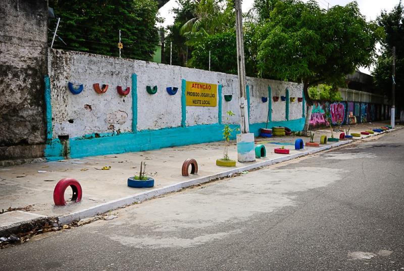 Pontos de Descarte de Lixo em Belém diminuem mais de 10%  Na foto: Muro da Escola Graziela Ribeiro, Alferes Costa ,entre Rua nova e Senador Lemos