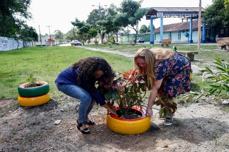 Comunidade se une para recuperar local de descarte na Marambaia Foto: João Gomes