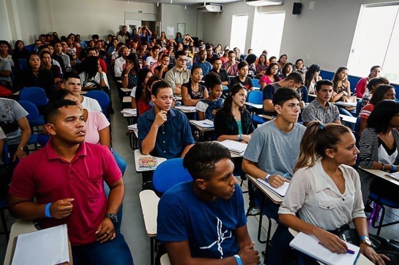 A partir de agora os jovens estão aptos à seleção para contratação em uma das lojas que a rede está inaugurando na capital paraense.