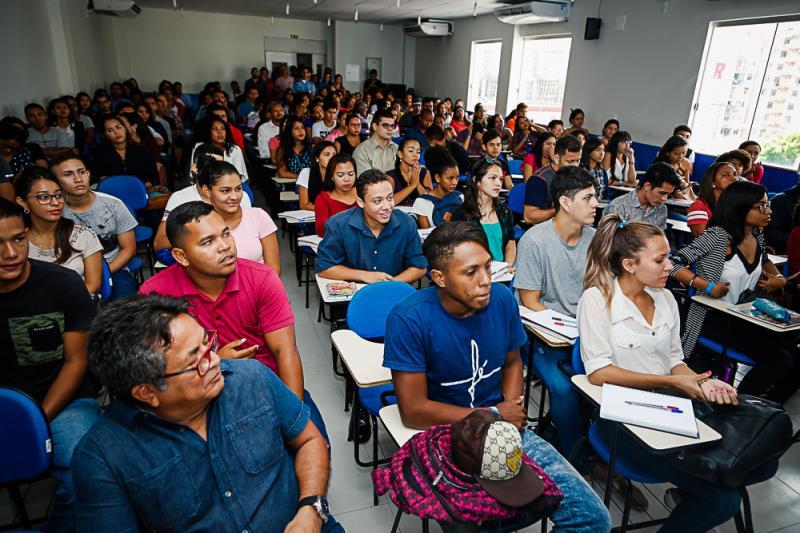 Ao encerrar a etapa de qualificação os jovens já sairão com uma carta de encaminhamento à rede Drogasil.