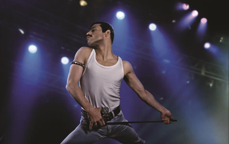 """Rami Malek ganhou o Oscar de Melhor Ator 2019 pelo filme """"Bohemian Rhapsody"""", que será exibido no dia 11 de agosto, às 17h"""