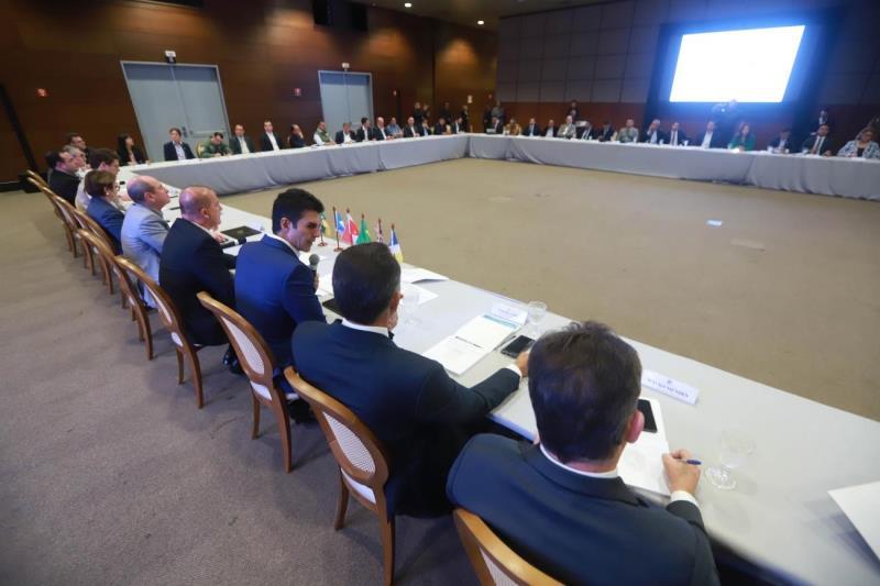 Governadores da Amazônia Oriental se reúnem com uma comitiva formada por nove ministros e coordenada pelo chefe da Casa Civil, Onyx Lorenzoni