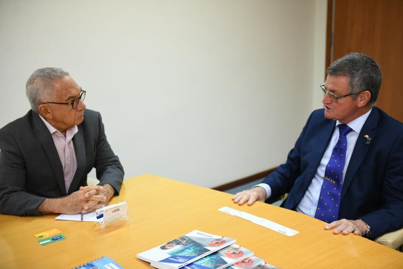 Reunião FIEPA eApex-Brasil. Na foto:  o presidente da FIEPA, José Conrado Santos e Edervaldo Teixeira, diretor de Gestão Corporativa da Apex-Brasil.