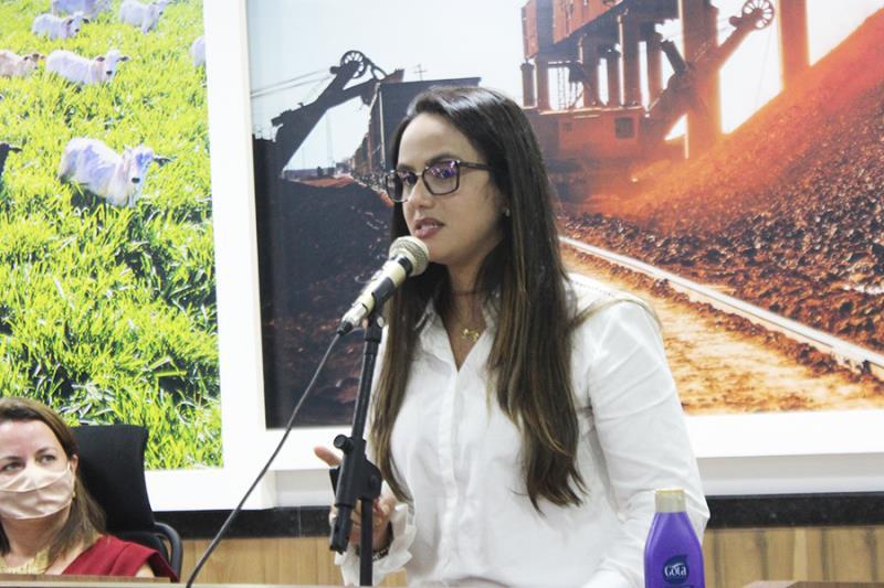 Amanda Purge, Secretária Municipal de Assistência Social.