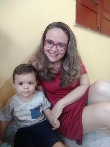 Eliana e bebê depois de 2 anos do HMIB
