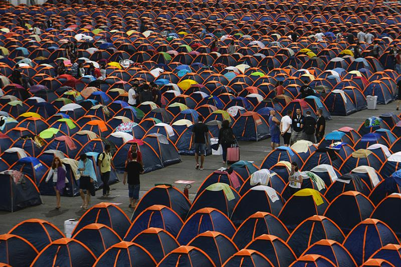 Campuseiros acampam no evento para aproveitá-lo 24 horas por dia. (Rovena Rosa/Agência Brasil)