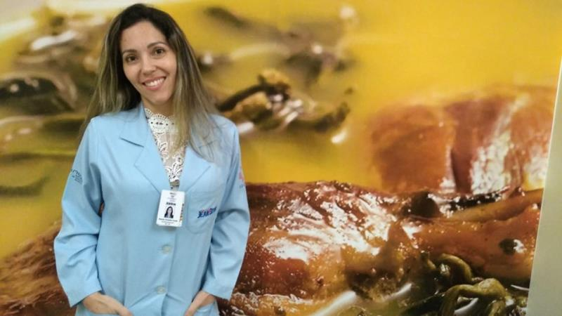Natália Faria - nutricionista responsável técnica pelo Serviço de Nutrição e Dietética do Hospital Jean Bitar.
