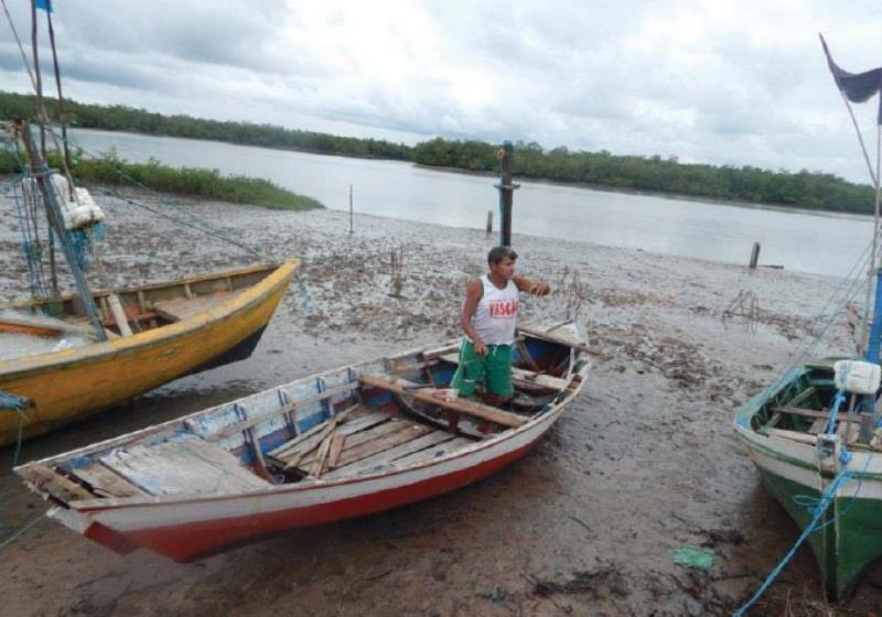A vila faz parte da Reserva Extrativista Marinha de Caeté-Taperaçu.