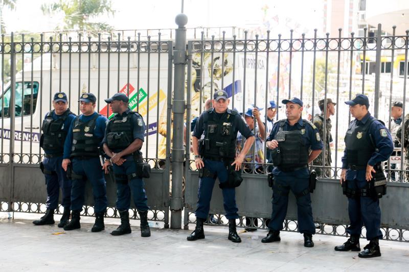 A Guarda Municipal vai atuar com  1.129 homens em escala de revezamento, nas 12 procissões do Círio 2018.