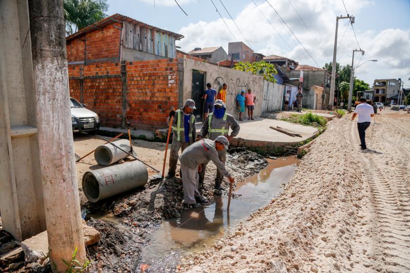 A travessa Estrela, a partir da avenida João Paulo II, por ser uma área de influência da bacia do Tucunduba, sempre apresentou problemas de alagamento.