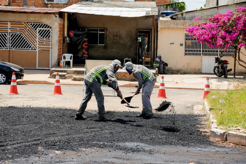 As obras de infraestrutura e saneamento nos bairros de Belém continuam em ritmo acelerado.