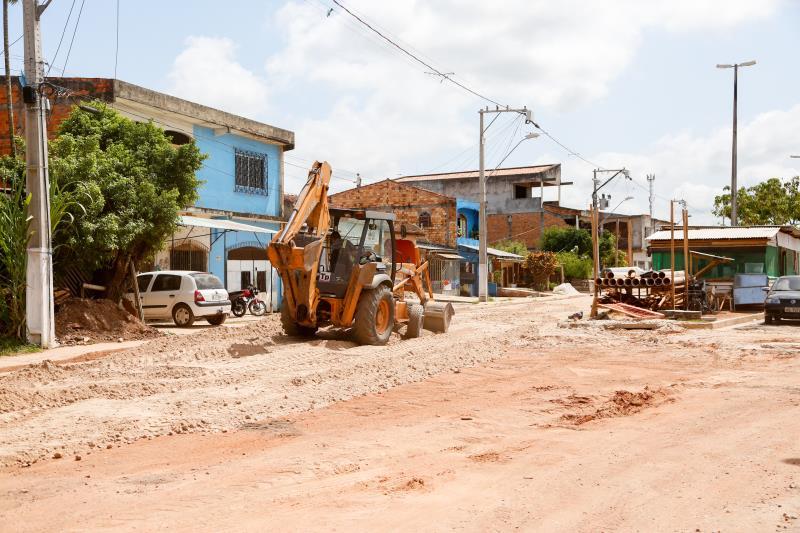 As obras de pavimentação nas diversas ruas de Belém estão em ritmo acelerado.