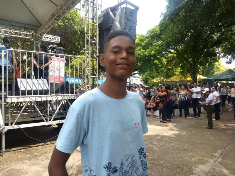 O estudante Alanderson Henrique, de 14 anos, foi o responsável pelo roteiro da peça que teve um caráter didático.