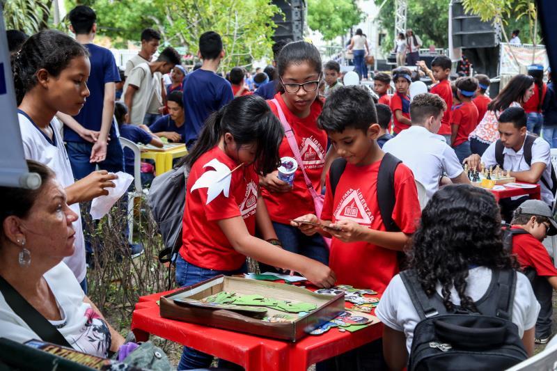 Uma programação com atividades lúdicas e atendimentos à saúde marcou a abertura da 4° Semana da Criança e do Adolescente.