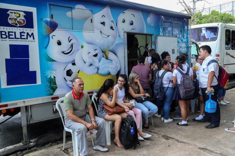 No estande da Sesma,  a presença do carro de vacinação, disponibilizando as vacinas de tríplice viral, hepatite, influenza e tétano.