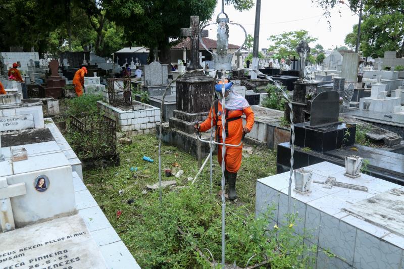 Para o Dia de Finados, a Guarda Municipal de Belém elaborou um planejamento operacional que vai atuar nos principais cemitérios de Belém a partir da quinta-feira, 1, com efetivo de 160 homens divididos por turno e por dia.