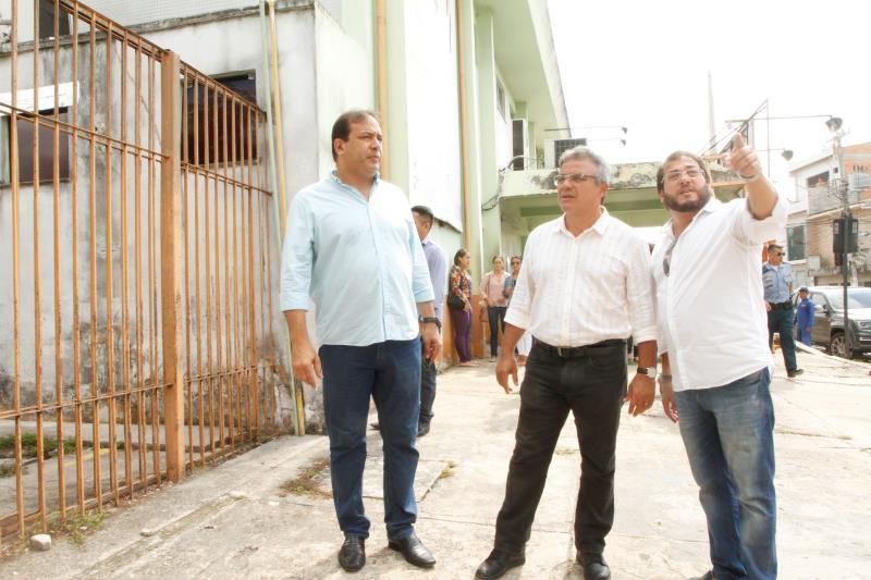 O prefeito Zenaldo Coutinho também visitou as obras de reforma e ampliação do PSM do Guamá.