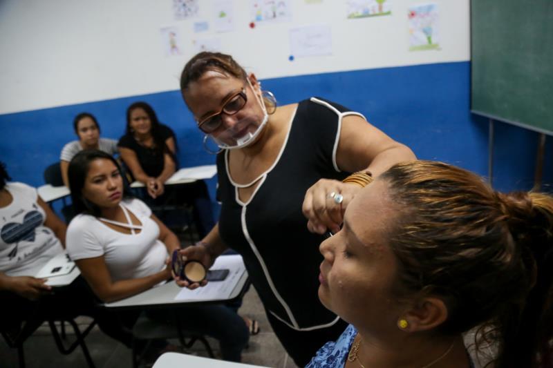 As aulas ocorreram entre os dias 22 e 26 de outubro, na Igreja Centrão, no bairro da Cremação.