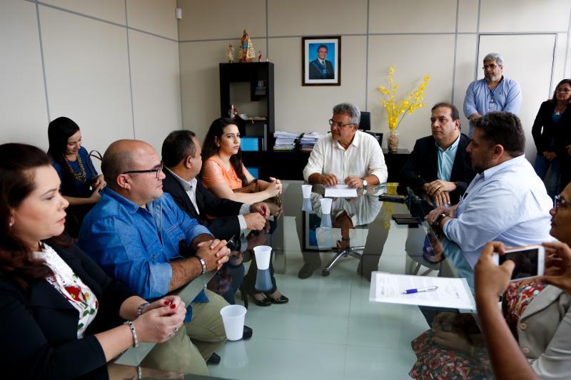 A Prefeitura de Belém já realizava a carga horária de 30h semanais, mas que agora será regulamentada.