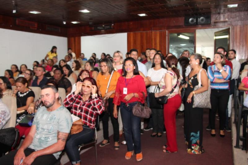 Público Presente na sessão do ECA
