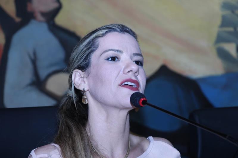 Advogada Andréia Oliveira da Subseção de Santa Izabel