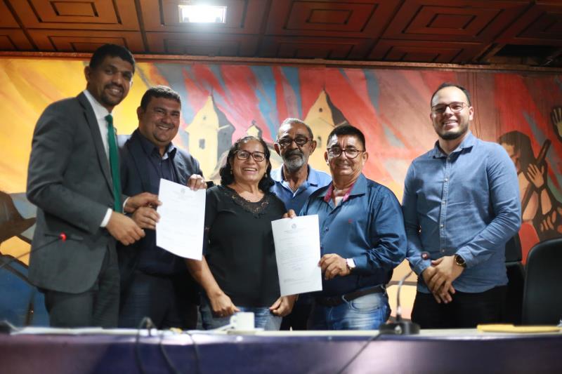 Os deputados dr. Galileu e dr. Jaques vão disponibilizar, via emenda parlamentar compartilhada, uma ambulância tipo A para o município de Igarapé-Açu, para ficar a disposição da Vila de Santo Antônio do Prata.