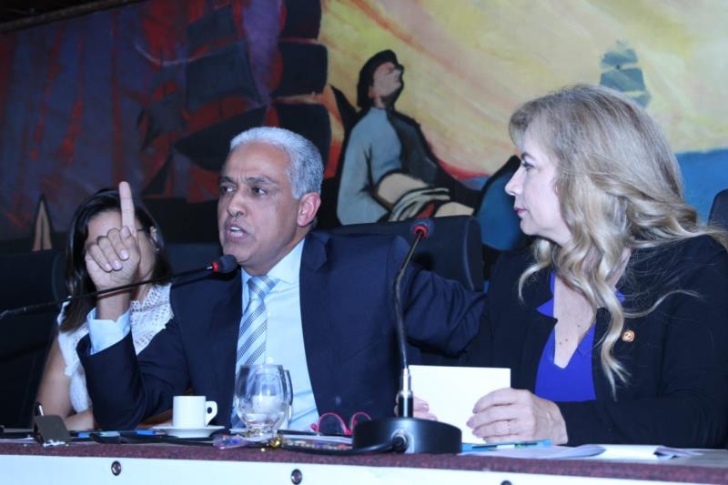 Juiz Vanderley  Oliveira