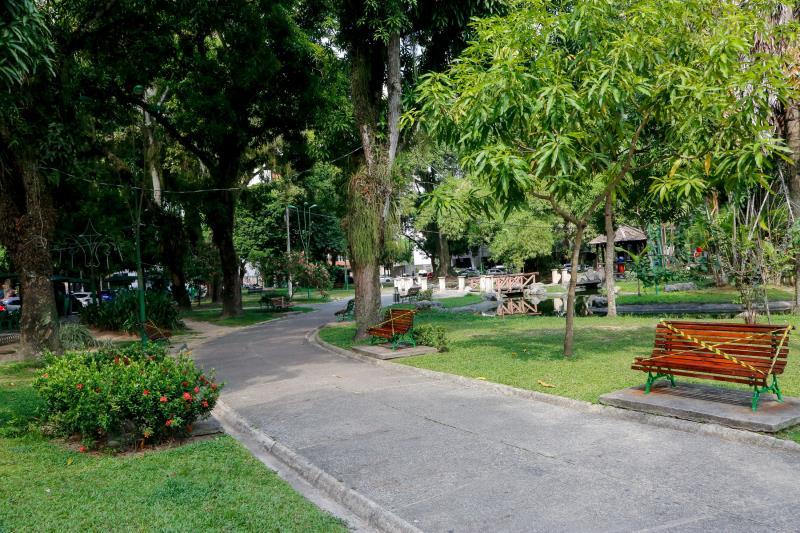 Banco da praça Batista Campos