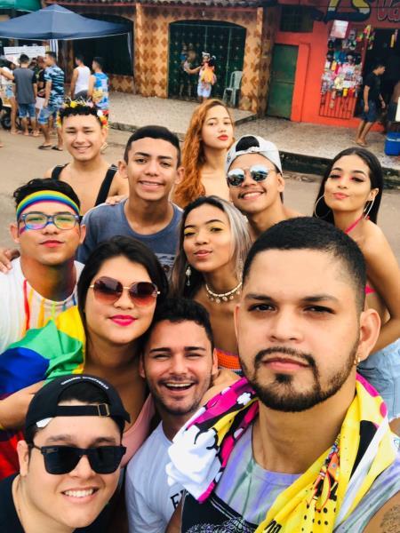 Matheus Freire e amigos no carnaval em Curuçá