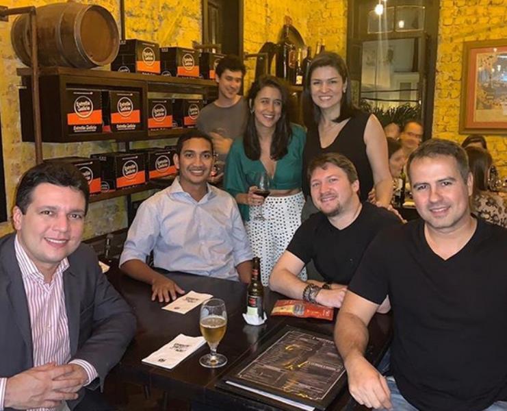 Priscilla e Marcelo Magno e os colegas da TV Liberal/ Globo RJ, Leonardo Santos, Yuri Daniel Pinto e Fabiano Vilella