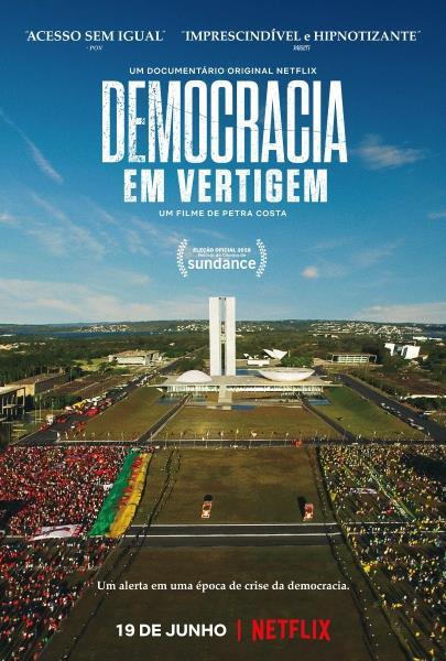 """O filme """"Democracia em Vertigem"""", dirigido por Petra Costa, pode trazer o Oscar de Melhor Documentário para o Brasil"""