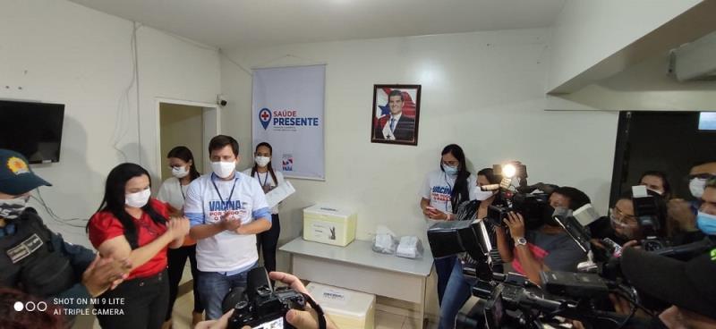 Momento da entrega oficial da vacina aos municípios da Transamazônia e Xingu