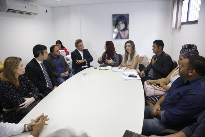 A Prefeitura de Belém se negou a reajustar esses valores e entrou com ação na justiça para garantir assinatura de contrato para continuar com a deposição de resíduos.