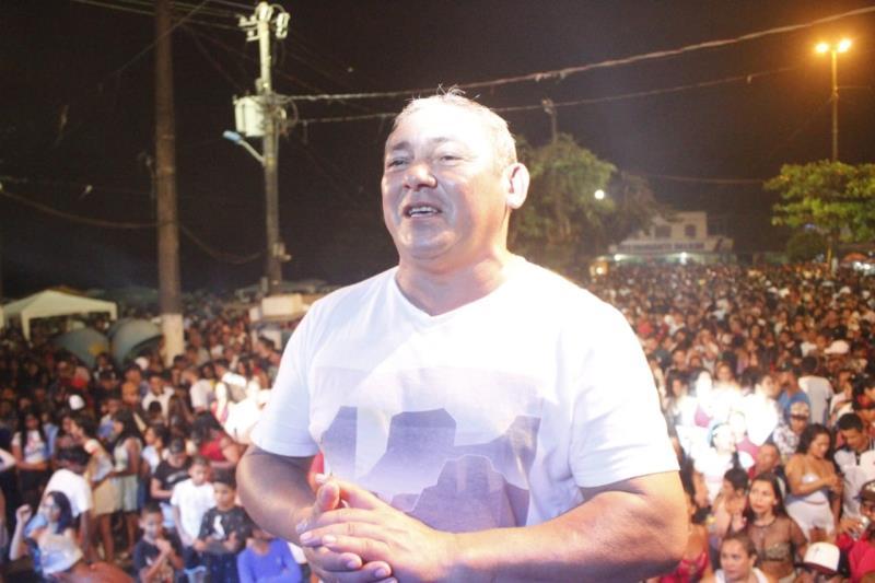 """Nildo Matos, diretor geral da Arout, comemorou o sucesso da festa: """"Uma festa bonita, uma festa de paz, uma festa da família""""."""