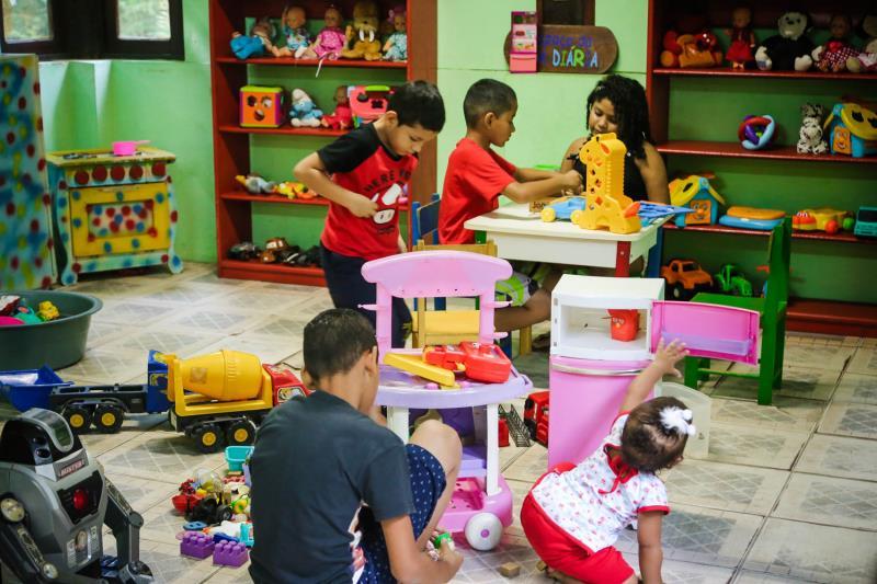 Entre as atividades oferecidas, a Brinquedoteca reuniu dezenas de crianças durante todo o domingo.