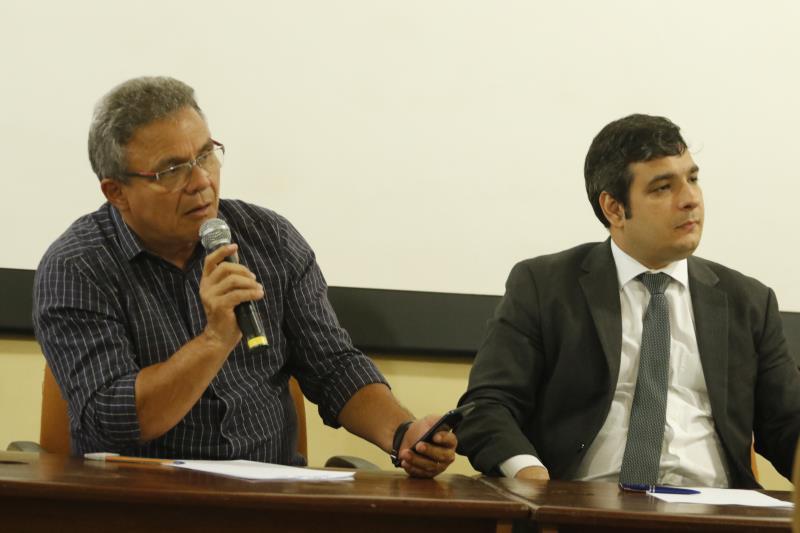 O prefeito Zenaldo Coutinho sinalizou para a implantação de um aplicativo municipal que ofereça o serviço de táxi na plataforma, a ser desenvolvido pela Cinbesa.