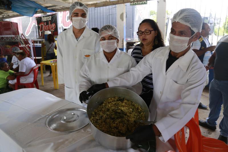 A Casa Escola da Pesca (Cepa), montou um estande para degustação de alimentos derivados do peixe que são produzidos pelos alunos.