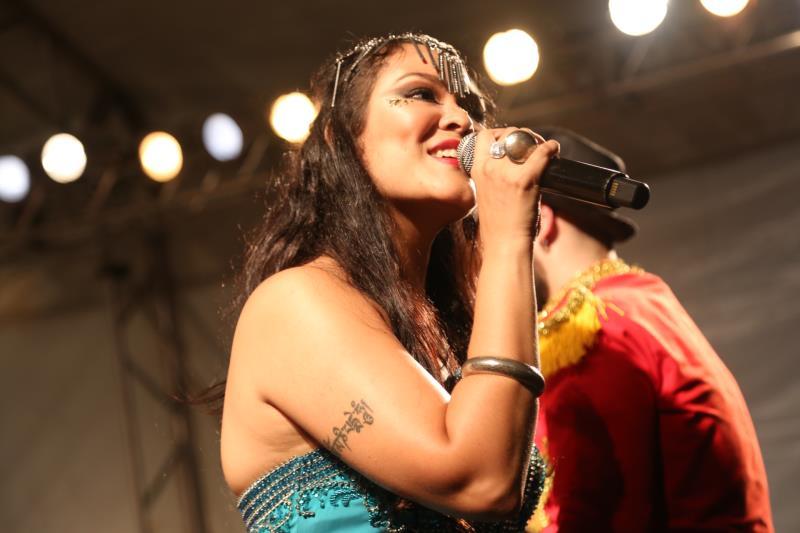 A cantora Nanna Reis levou voz e animação para o primeiro evento da programação Preamar no Carnaval, que a Secult oferece a foliões em quatro municípios